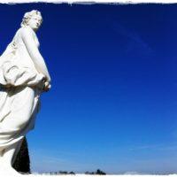ヴェルサイユにある彫像