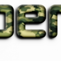 カモフラージュ柄ロゴ
