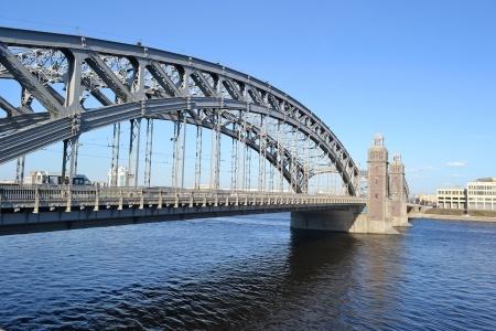 ロシアの川と橋