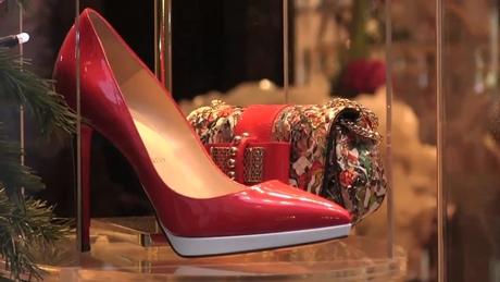クリスチャン・ルブタンの靴