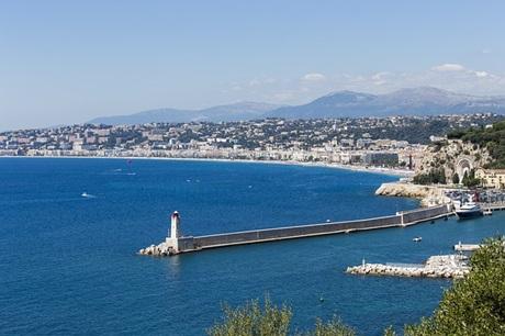 ニース~美しい海と山に恵まれた街