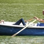 フランス語のことわざ68~船長が2人いると船は転覆する(船頭多くして船、山へのぼる)