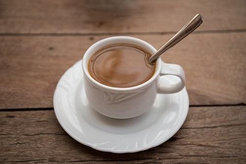 ジャック・プレヴェールの詩『朝食』は複合過去の学習に最適