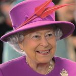 エリザベス女王2世が在位最長記録更新、記念コイン発売へ