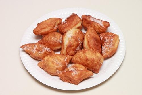 カーニバルの定番、ベニエ (ビューニュ) の作り方:フランスのお菓子(15)