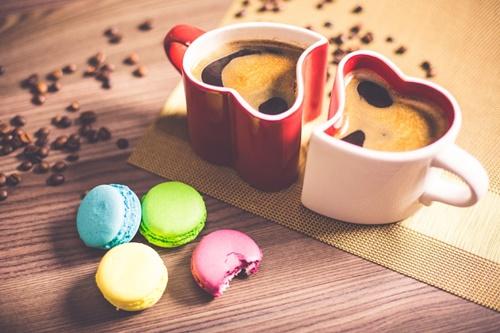 ハート型のコーヒーカップ