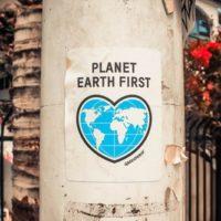 planet earth first のポスター