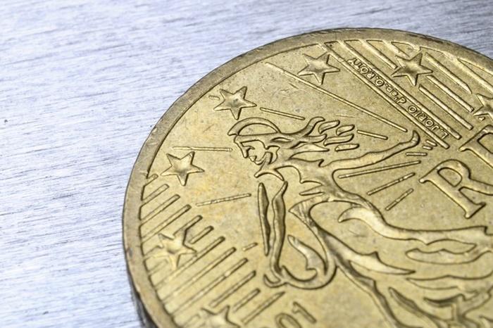 コインの中のマリアンヌ像
